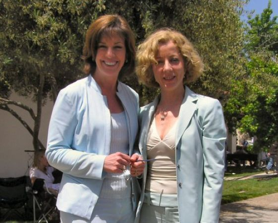 28 Diane and Court TV Colleague Beth Karas at Jackson Trial circa 2005