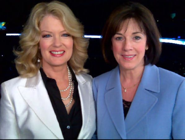 35 Diane worked with Entertainment Tonights Mary Hart - 2009