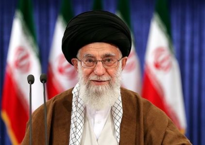 Ayatollah Ali Khamenei casting his vote for the 2017 election - wikimedia commons photo